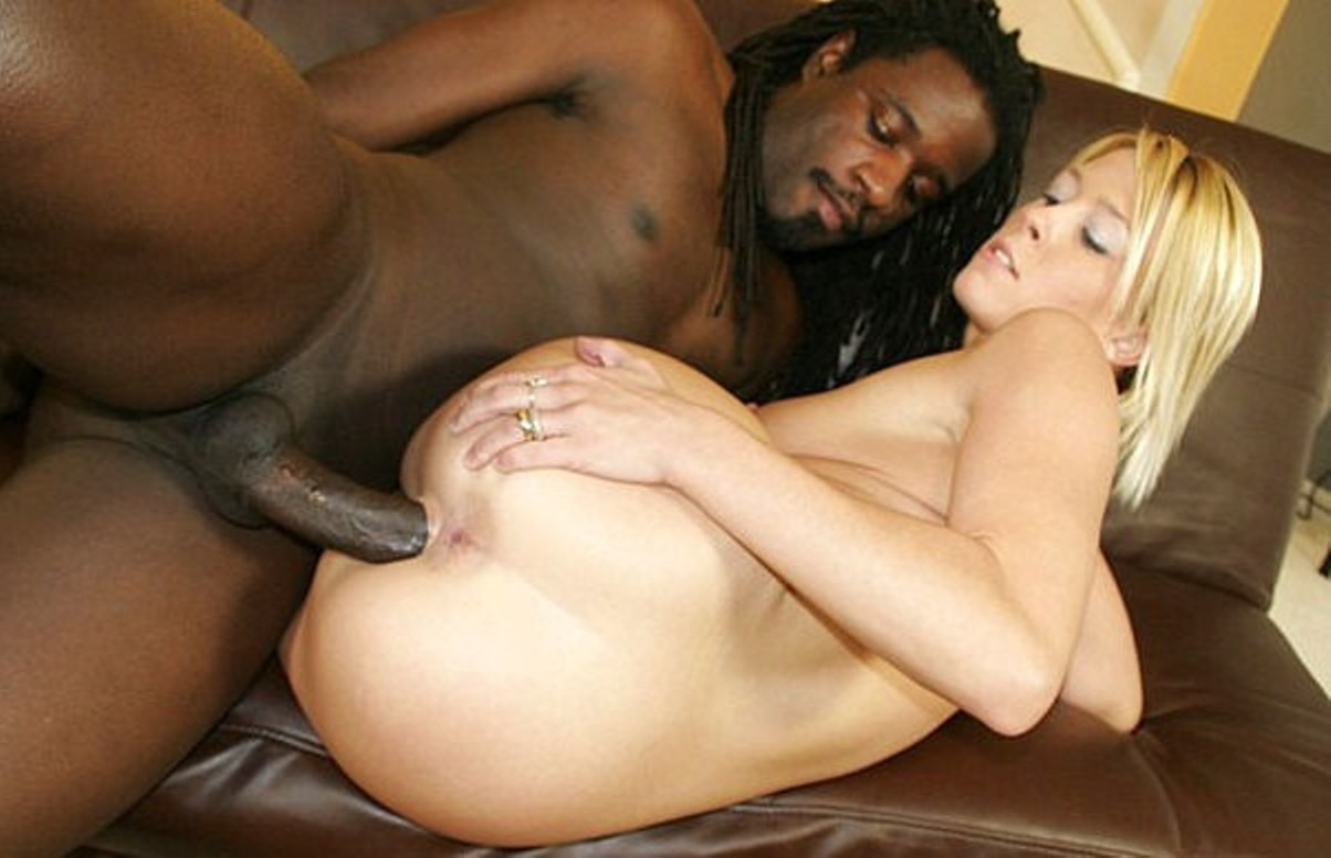 Xxx black and white couple bonks hard in the shades of white