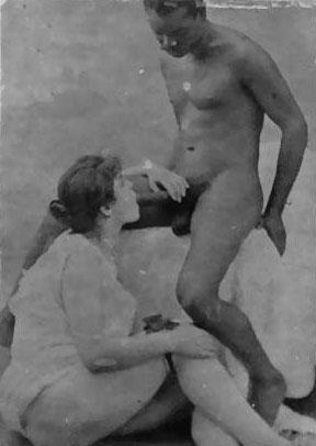 Vintage Interracial Photos - I - image vintage-interracial-photos-i-14 on https://blackcockcult.com