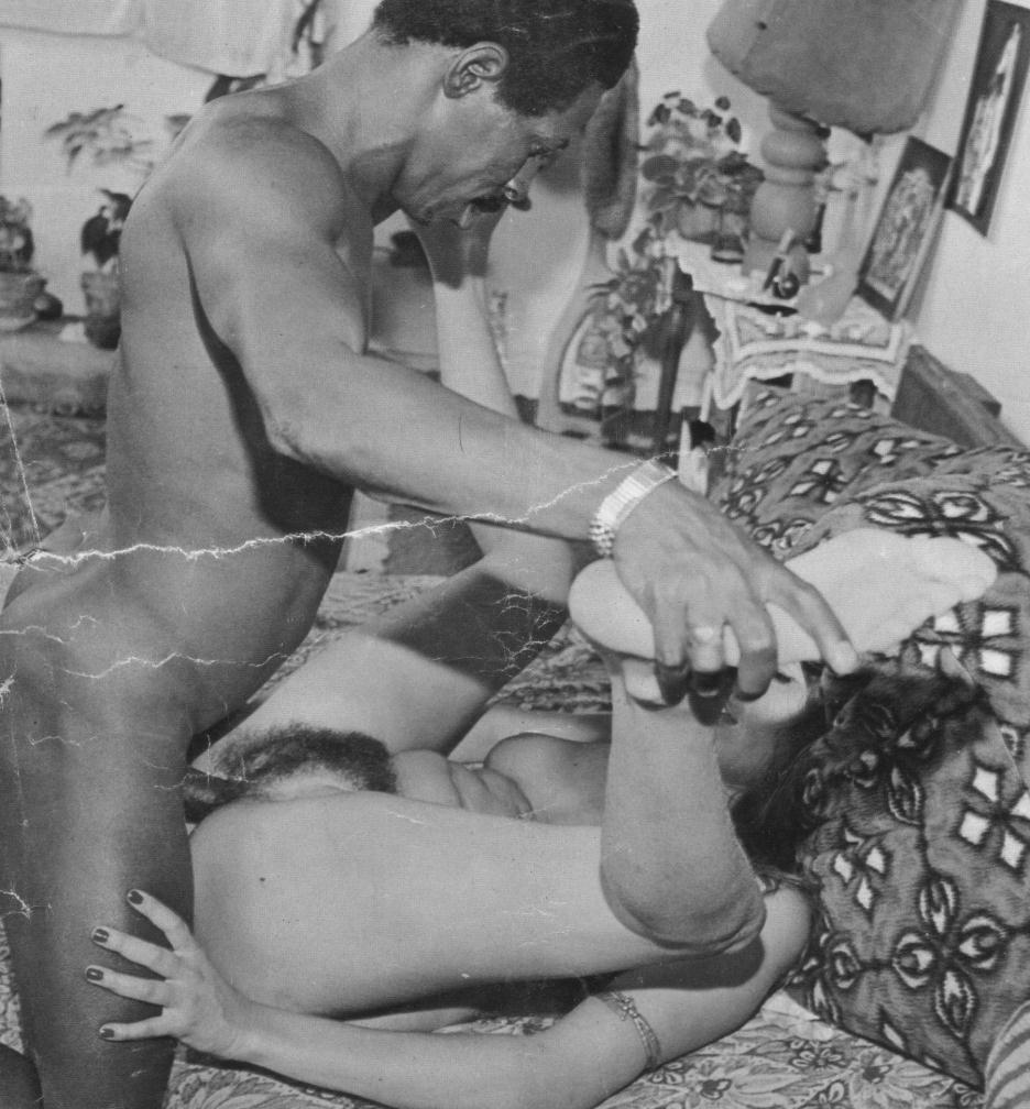 Vintage Interracial Photos - II - image vintage-interracial-photos-ii-12 on https://blackcockcult.com
