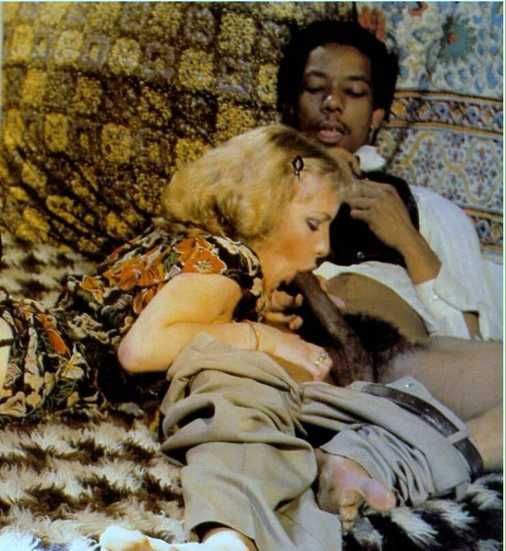 Vintage Interracial Photos - II - image vintage-interracial-photos-ii-20 on https://blackcockcult.com
