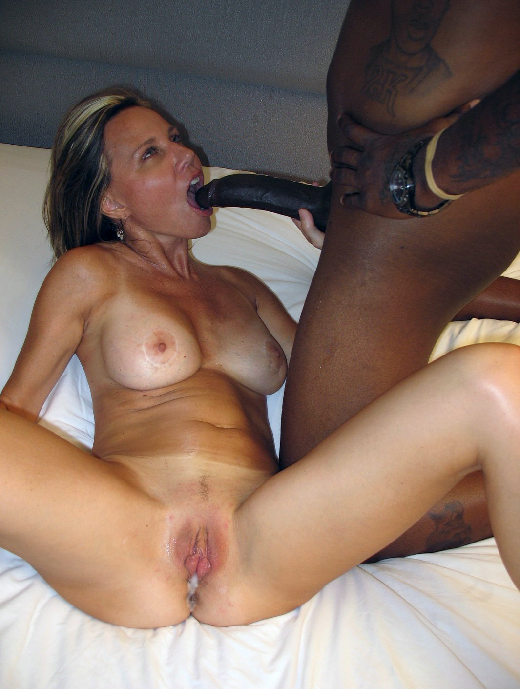 White milf fucked by black cock