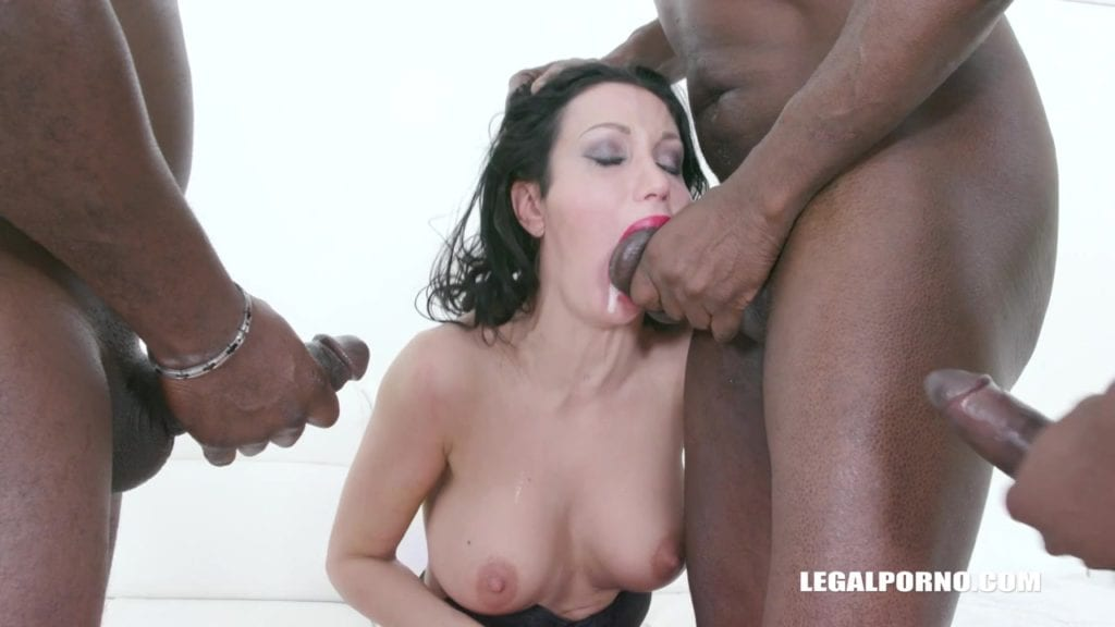 Italian MILF Laura Fiorentino Gets Used Up and Pissed On - image Italian-MILF-Gangbanged-and-Pissed-On-7-1024x576 on https://blackcockcult.com