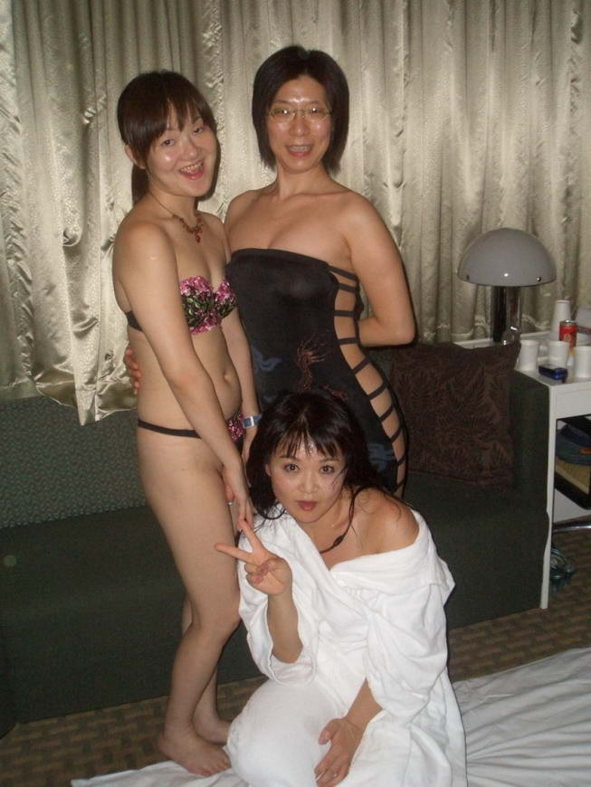 Chinese Housewife Breeding Party - image Chinese-Housewife-Breeding-Party-1 on https://blackcockcult.com