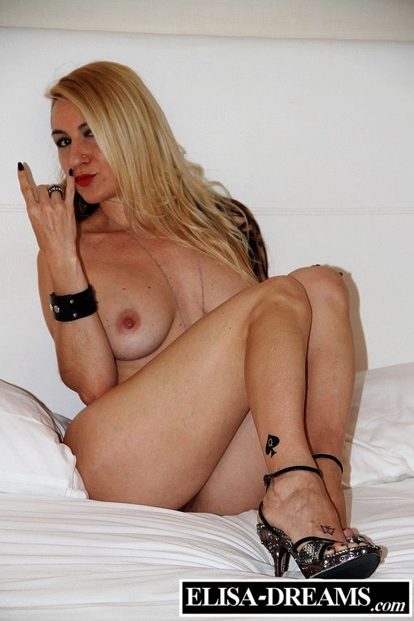 A Queen Of Spades Deserves Your Worship - image Worship-Queens-of-Spades-2 on https://blackcockcult.com