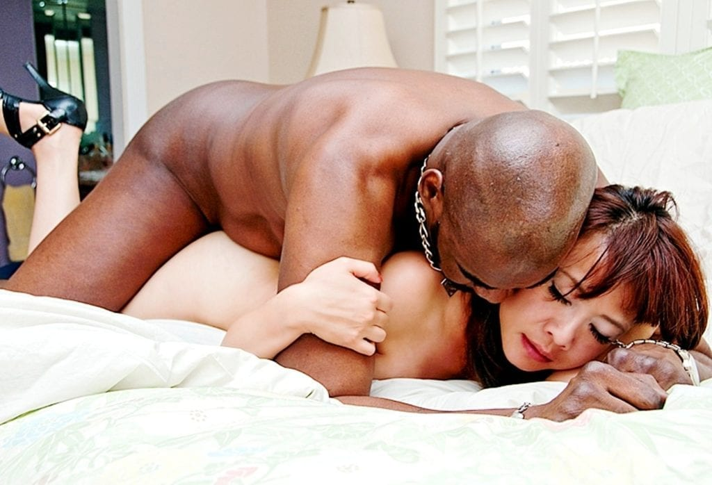 Asian Women Are Falling In Love With Big Black Cock - image Asian-Women-Are-Falling-In-Love-With-Big-Black-Cock-11-1024x698 on https://blackcockcult.com