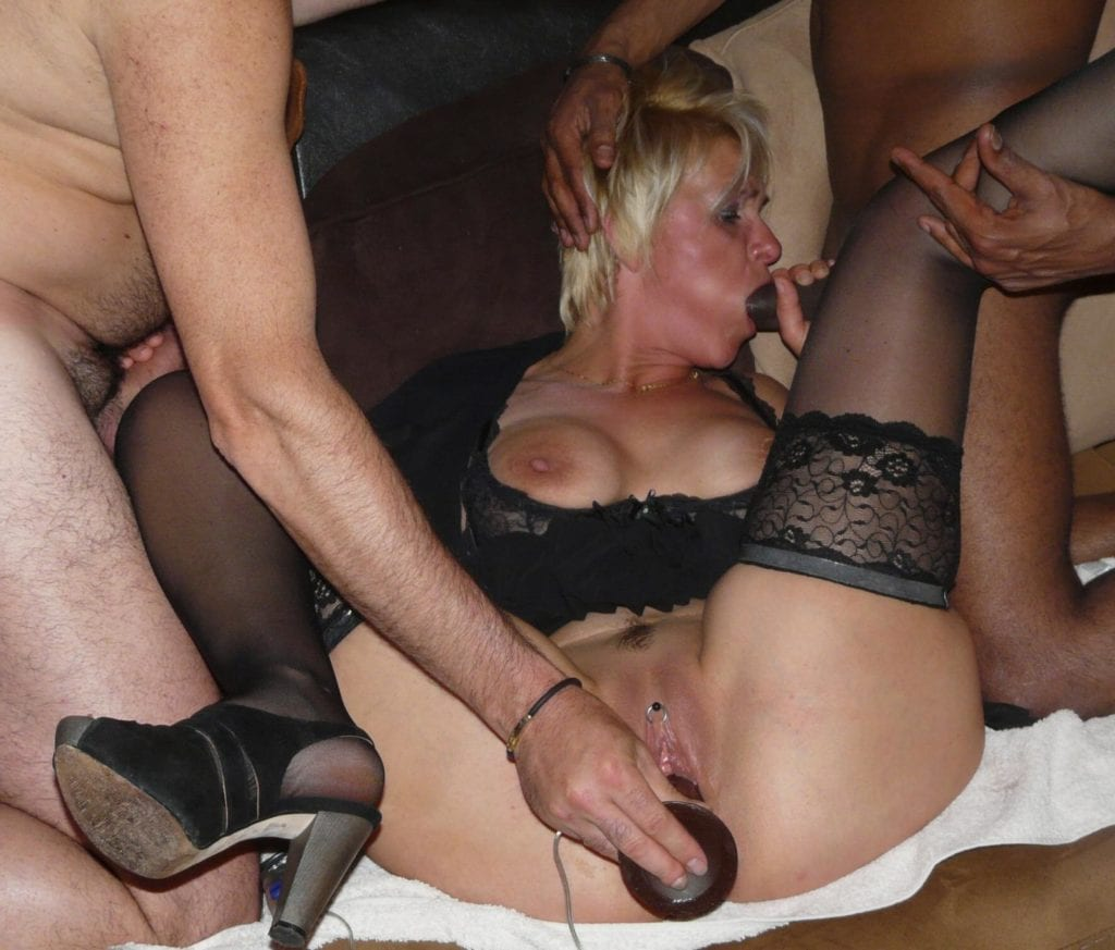MILF Housewives Discovering BBC - image MILF-Wives-Discovering-BBC-2-1024x873 on https://blackcockcult.com